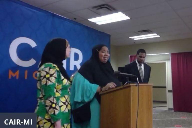 أمريكا.. مسلمة من أصل أفريقي تتهم الشرطة بنزع حجابها