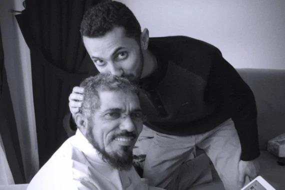 نجل العودة: والدي فقد نصف سمعه وبصره في السجن