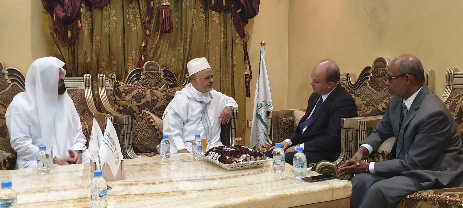الرئيس يستقبل وفداً من الجامعة الإسلامية بولاية كيرالا الهندية