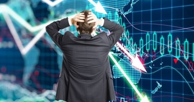 """خبير اقتصادي: استمرار """"كورونا"""" سيؤدي لانهيار اقتصادي عالمي"""