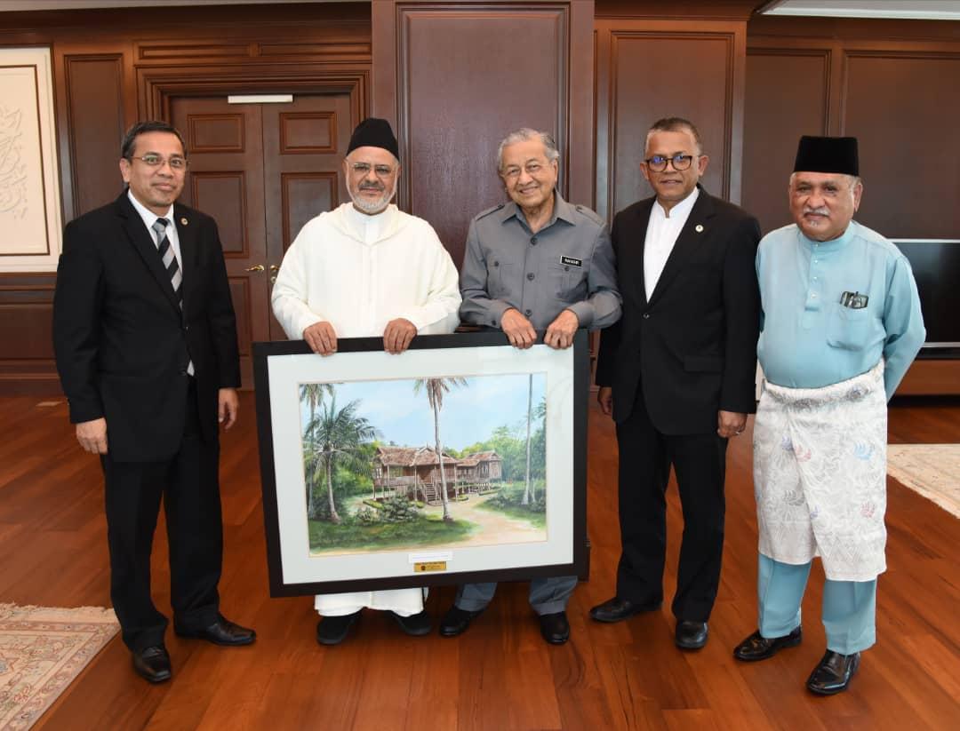 مهاتیر محمد شیخ ریسونی را در دفتر کار خود به حضور پذیرفت