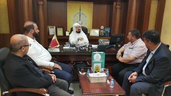 Qara Daghi reçoit la délégation de la mosquée d'Abu Ayoub Al Ansari de la ville française de Strasbourg